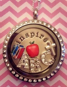 Day by Day Beauty Reviews Origami Owl