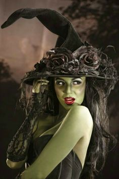 best adult halloween costumes and makeup ideas to try on