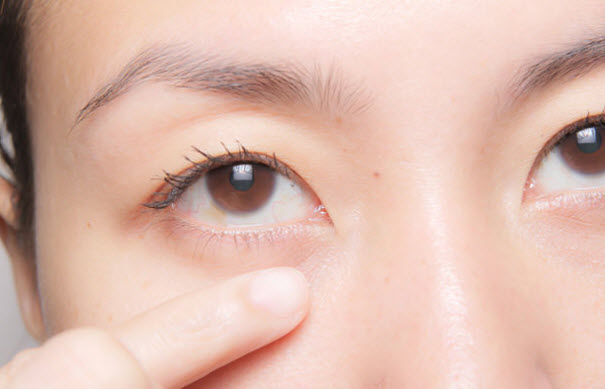 Benefits of Using an Organic, Natural and Hydrating Eye Cream